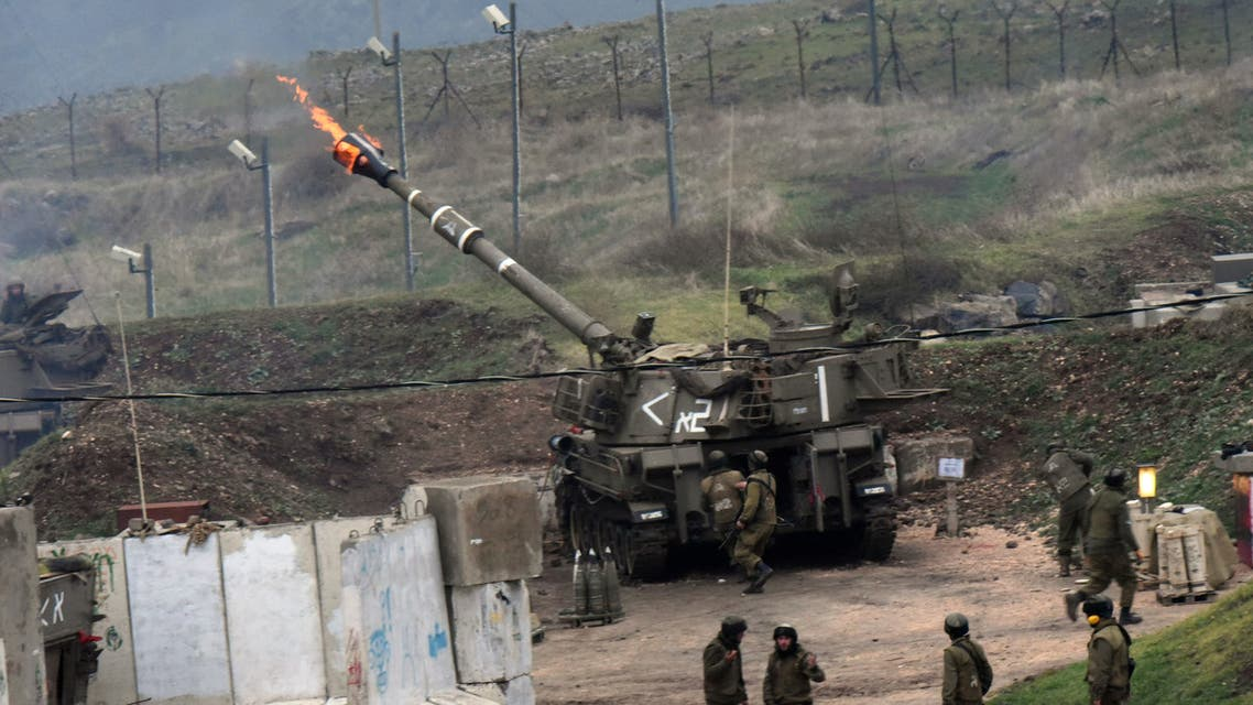 The Israeli army fire artillery shells into Lebanon, following a bomb attack by Lebanon's Hezbollah movement targeting an Israeli army border patrol in the disputed Shebaa Farms area along the Lebanon-Israel ceasefire line on January 4, 2016. Hezbollah said it had targeted an Israeli army border patrol with a bomb in an attack that prompted retaliatory fire from the Jewish state. AFP PHOTO / AVIHU SHAPIRA