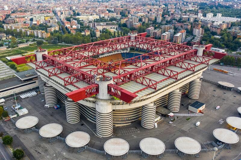 ملعب سان سيرو الشهير