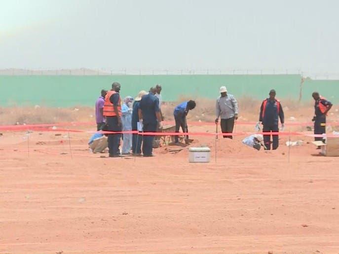 لأول مرة.. صور مقبرة أعدم بها البشير 28 ضابطاً