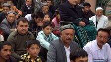 تليغراف تعرض شهادات أهالي ضحايا مسلمي الإيغور الذين سلمتهم أنقرة للصين
