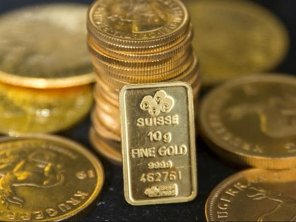 أسعار الذهب تحطم الأرقام القياسية وتخترق 1944 دولاراً