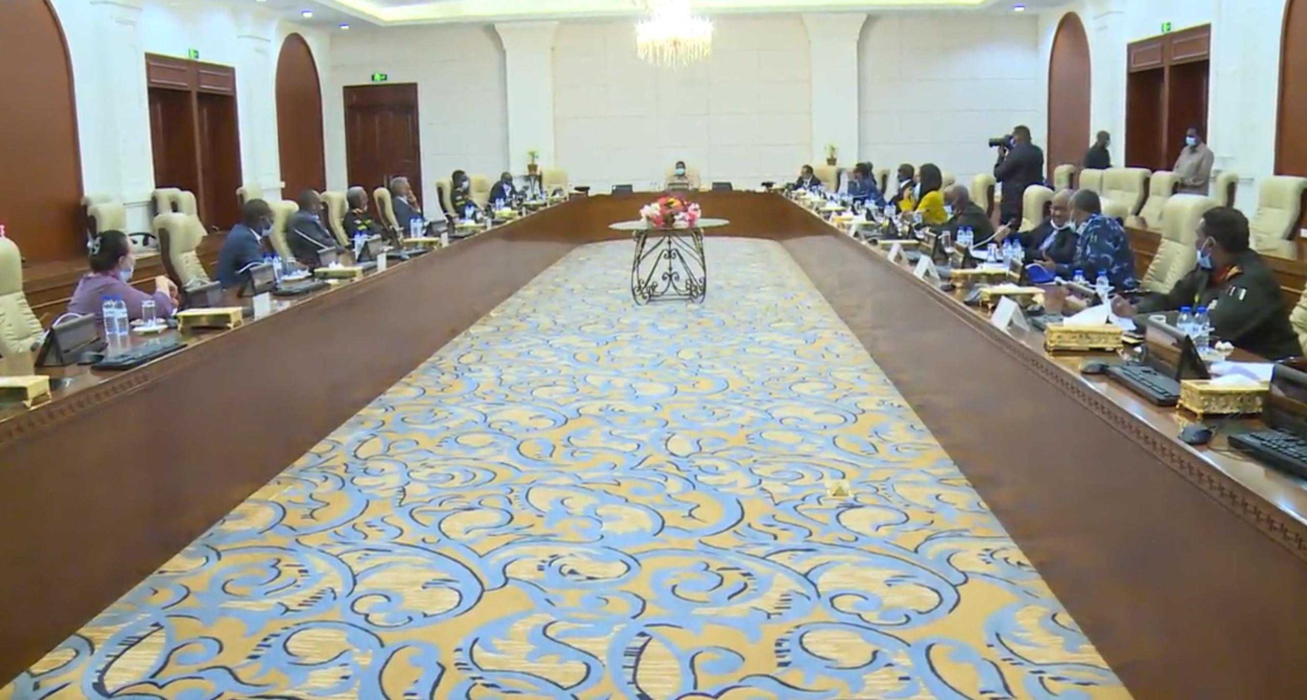 من اجتماع مجلس الأمن والدفاع