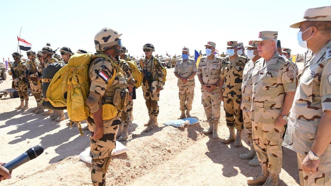 Egypt's army chief of staff inspects forces near border with Libya. (Twitter/@EgyArmySpox)