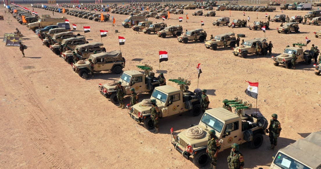 Egypt's army chief of staff inspects forces near border with Libya. (Twitter/@EgyArmySpox)