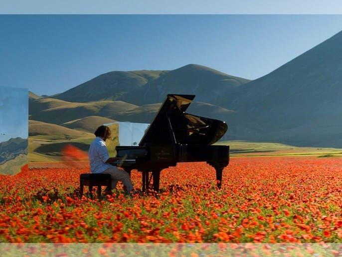 """""""الزمن الجديد"""" بين الموضة الإيطالية والموسيقى اللبنانية"""