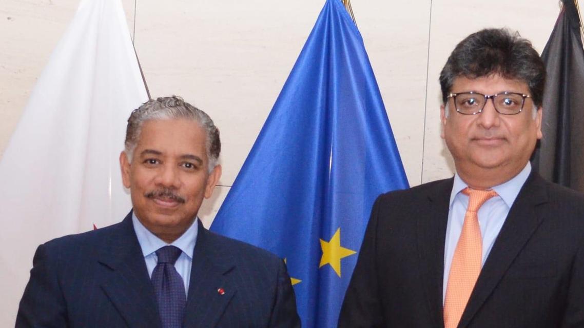 Qatar's Ambassador to Belgium Abdulrahman bin Mohammed Sulaiman Al-Khulaifi (left) with his Pakistani counterpart. (Twitter, Pakistan in Brussels)