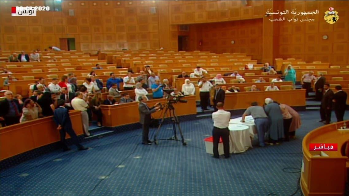 من عملية فرز الأصوات بالبرلمان التونسي