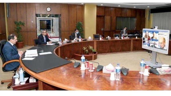 مصر تعدّ 12 اتفاقية لاستكشاف النفط والغاز