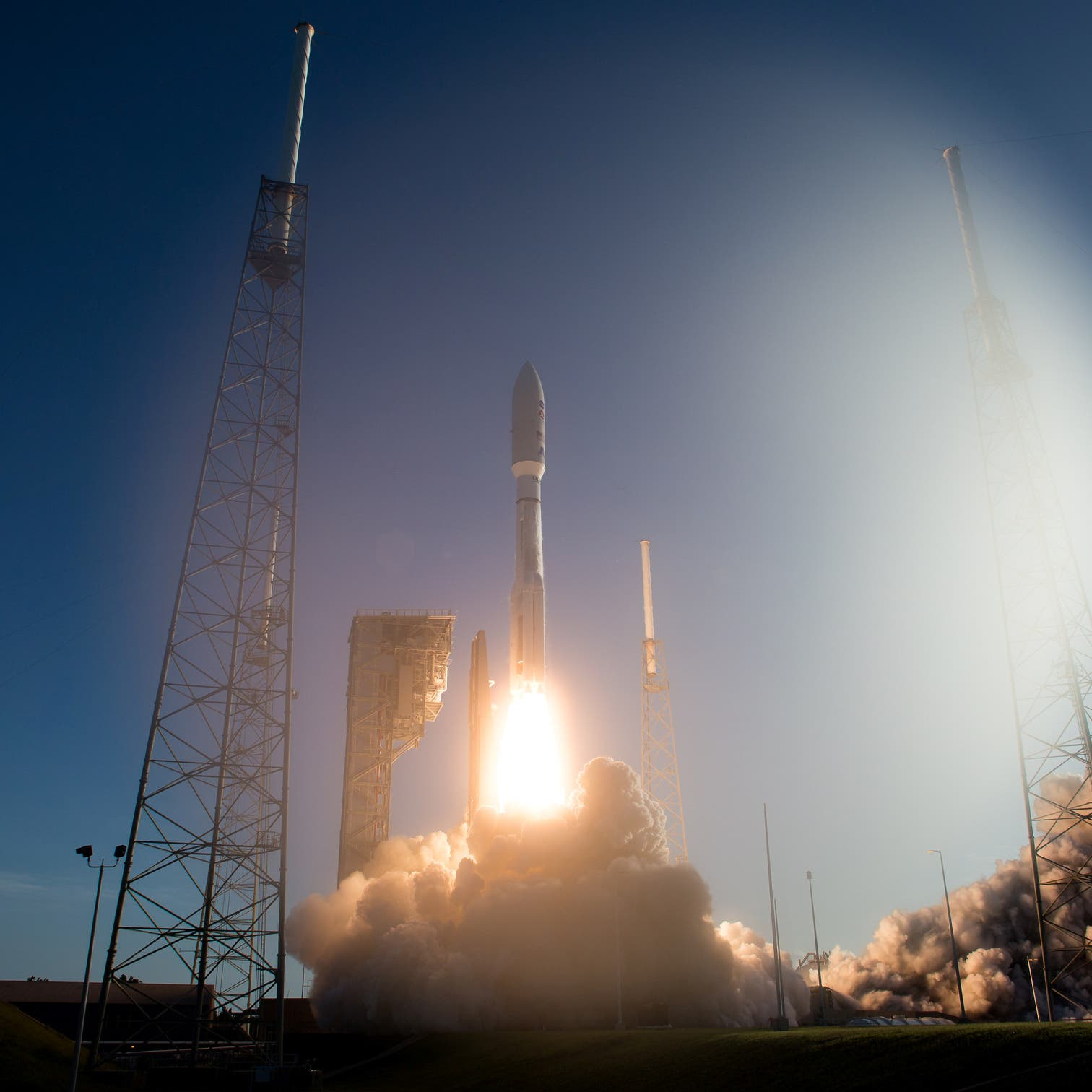 Saudi Arabia to invest $2.1 bln for space program by 2030