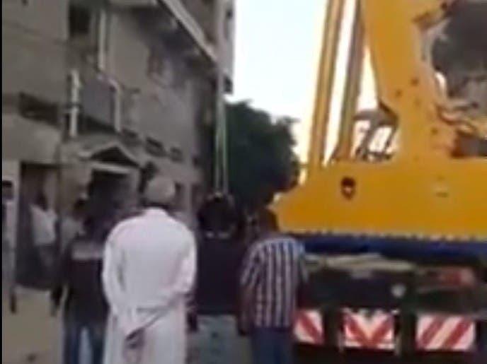 حيلة غريبة وطريفة.. شاهد ما فعله مصريون بأضحية العيد