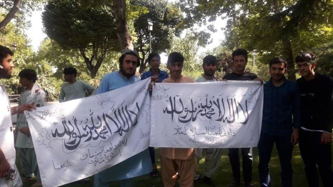واکنشهابه نمایش پرچم طالبان در قلب تهران؛ از طالبان حمایت نکنید