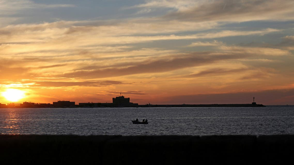 The Mediterranean sea is seen from the corniche during sunset in Alexandria, Egypt May 7, 2016. Picture taken May 7, 2016. REUTERS/Mohamed Abd El Ghany