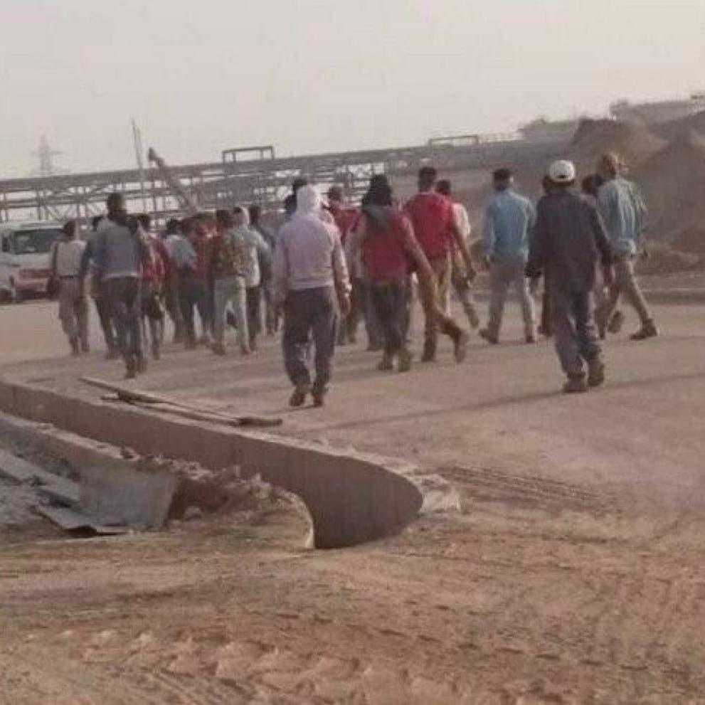 إضراب مصافي النفط في إيران مستمر.. ولا مال لدفع الرواتب