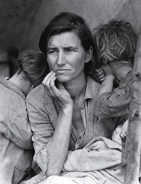 صورة لإحدى النساء العاطلات عن العمل عقب أزمة الكساد الكبير