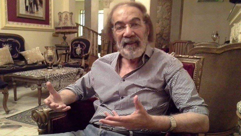 بعد سنوات من النفي هكذا يعيش محمود ياسين مع الزهايمر