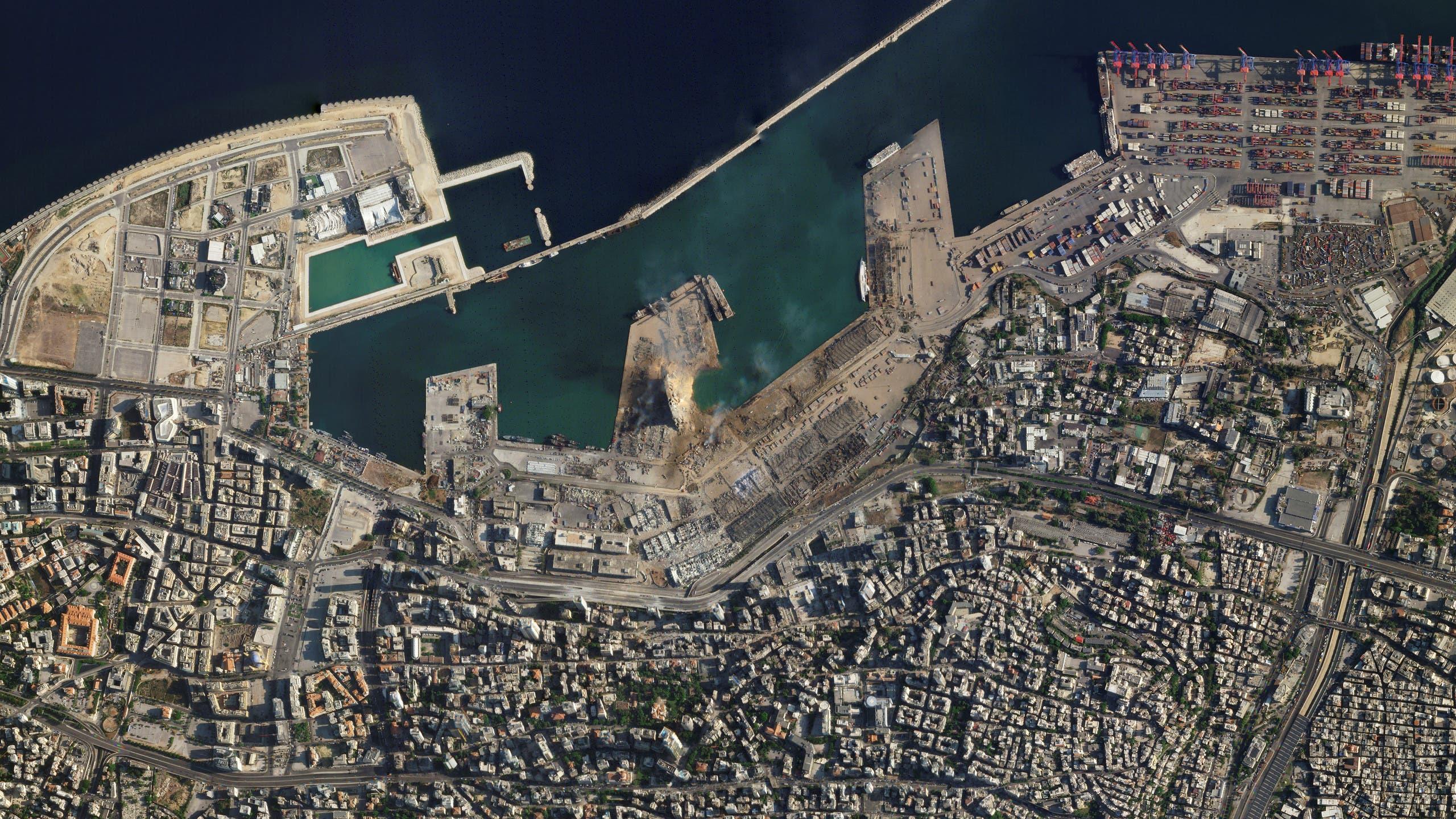 مرفأ بيروت مدمراً (رويترز)