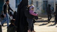25 امرأة و34 طفلاً بريطانياً بسوريا.. لندن تدير وجهها