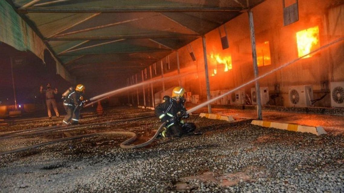 Saudi firefighters put out fire in Jeddah's al-Sulaymaniyah neighborhood near the Haramain high-speed rail station. (SPA)
