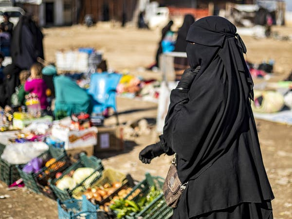 """""""الملحق"""".. عرين داعش في مخيم الهول حيث تتراكم الجثث"""