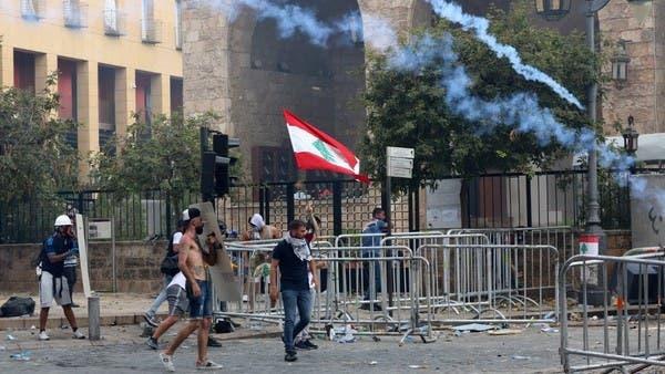 اشتباكات عنيفة بين المتظاهرين والأمن وسط بيروت