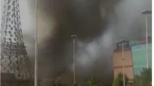 """نيران """"غامضة"""" تضرب إيران مجدداً.. حریق بمجمع تجاريوآخر بالغابات"""