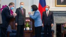 رئيسة تايوان تلتقي وزير الصحة الأميركي في تايبيه
