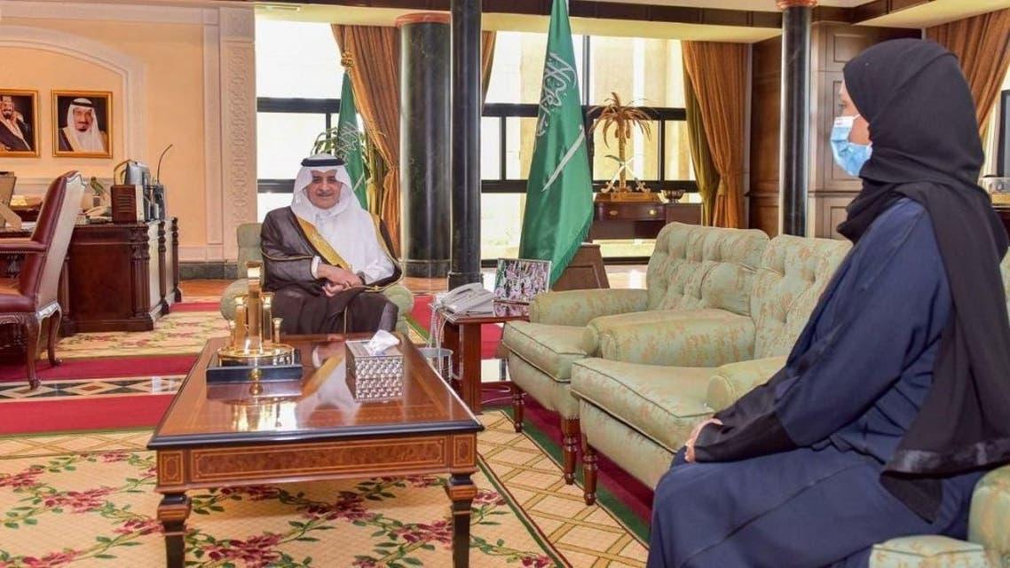 Saudi Arabia appoints Khulood al-Khamis first female head of regional council