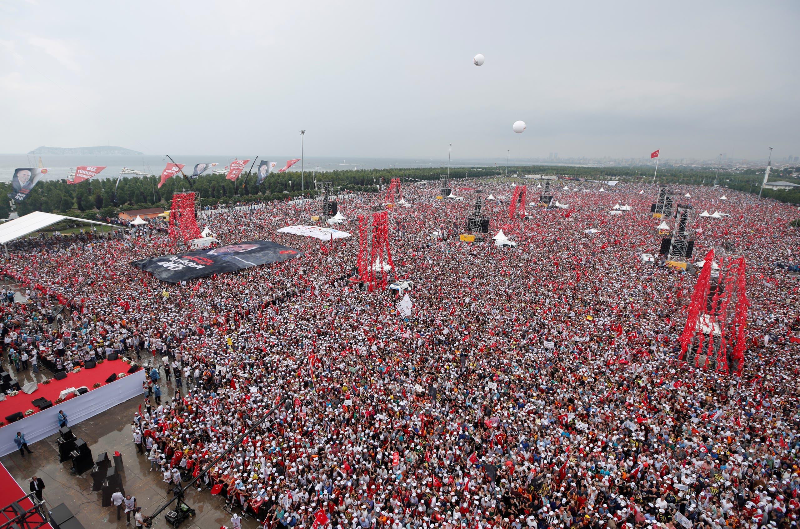 تجمع انتخابي لإنجه في اسطنبول في يونيو 2018