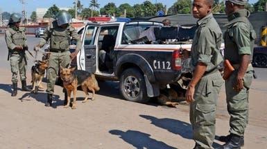 مسلحون يسيطرون على ميناء رئيسي شمال موزمبيق الغني بالغاز