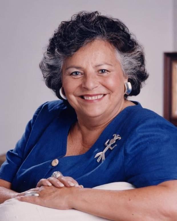 صورة للادونا هاريس أول مرشحة من السكان الأصليين لمنصب نائب الرئيس