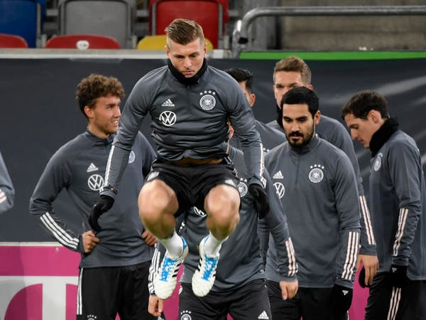 منتخب ألمانيا يقيم معسكراً استعداداً لمواجهة إسبانيا