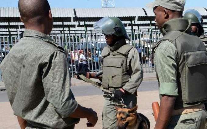 رجال شرطة في موزمبيق