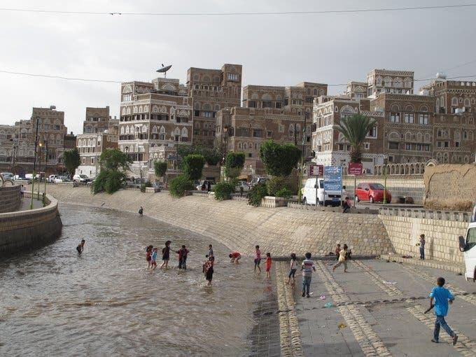 الأضرار التي خلفتها السيول في اليمن