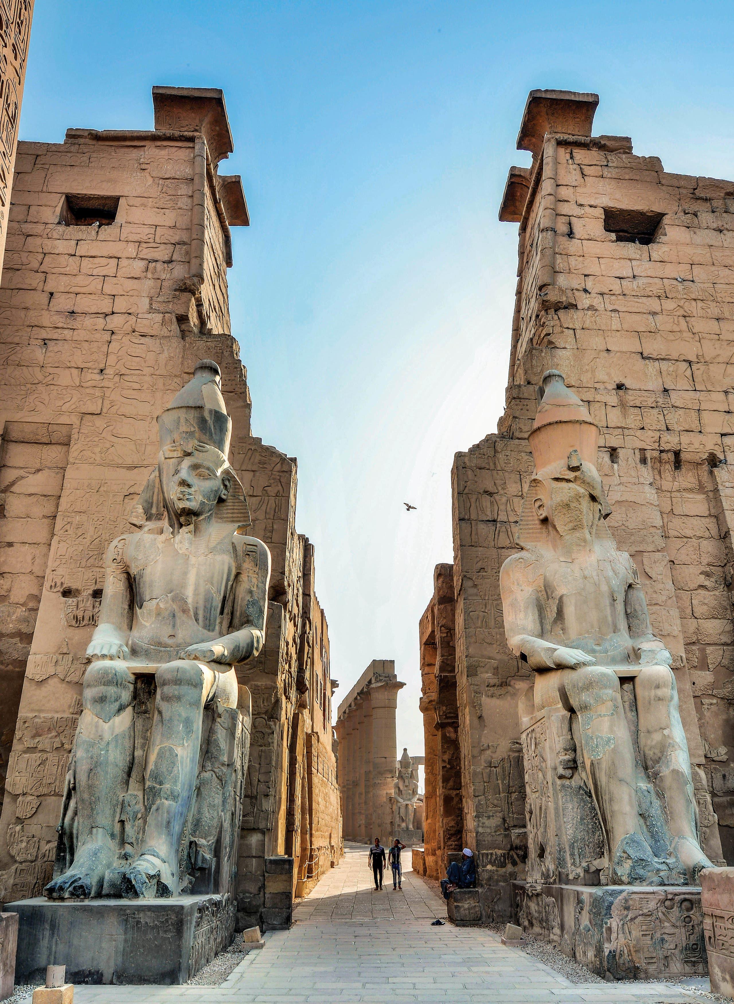 مدينة المئة باب أو مدينة الشمس ..تاريخ الحضارة المصرية على شاطئ النيل