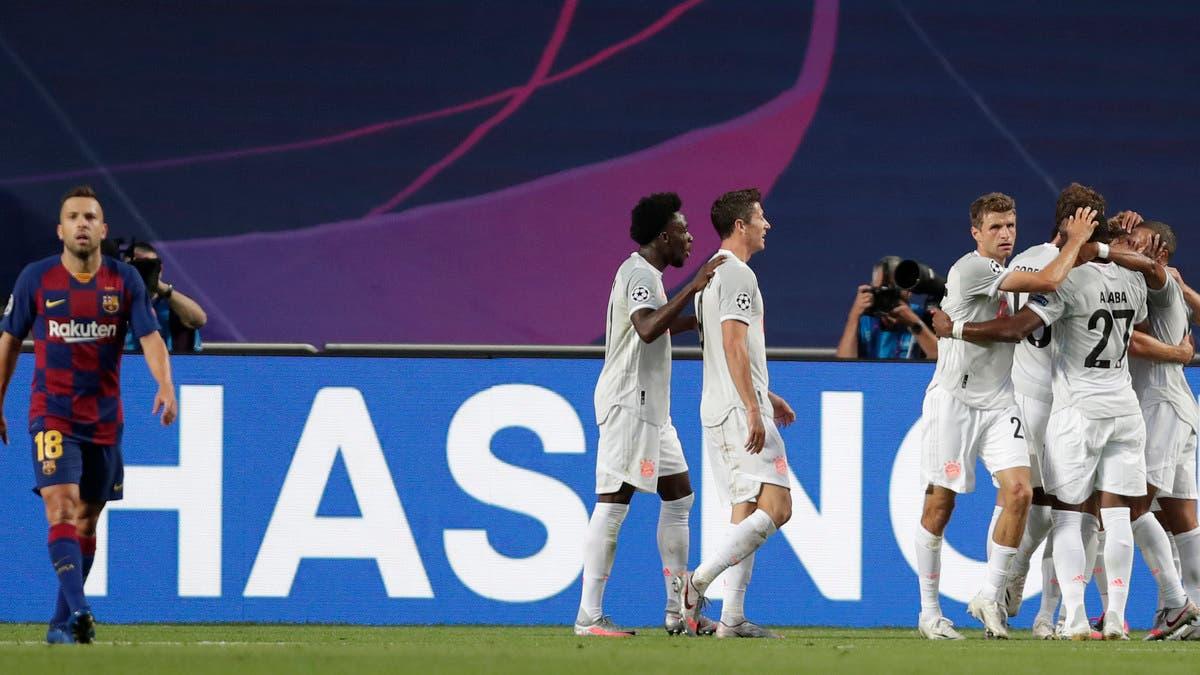 بايرن يسحق برشلونة بثمانية أهداف ويبلغ نصف النهائي