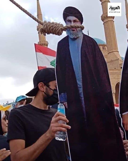 من الاحتجاجات اللبنانية.. نصرالله معلقاً على حبل المشنقة