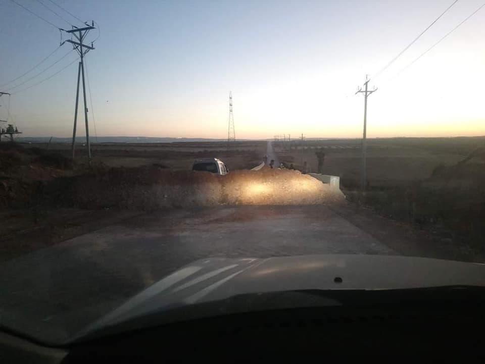 إغلاق الطرق لمنع الوصول إلى الرمثا