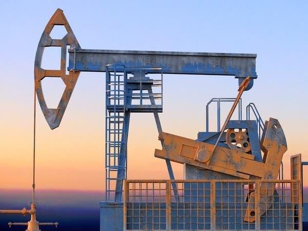 النفط يتراجع مع تفاقم مخاوف الطلب.. وترقب نتائج اجتماع أوبك+