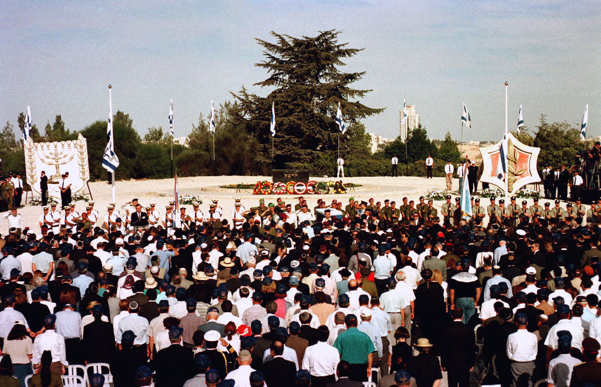 A general view of the funeral of slain Prime Minister Yitzhak Rabin on Mt. Herzl military cemetery. (Reuters)