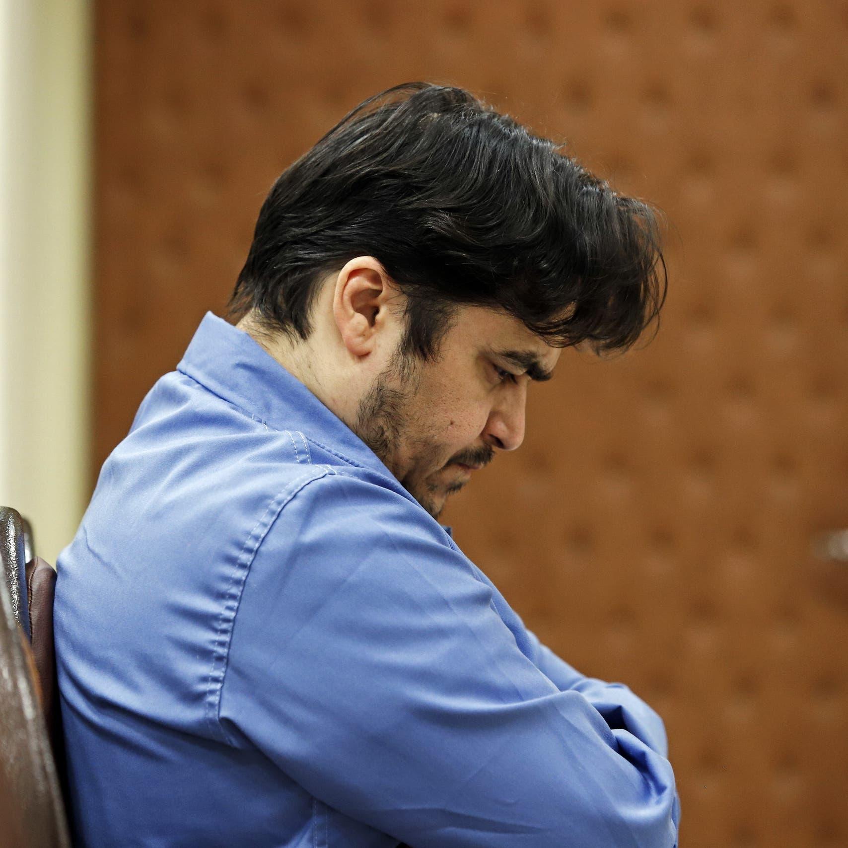 فيديو جديد لوالد الصحافي الإيراني زم: كذبوا علينا بشأن إعدامه