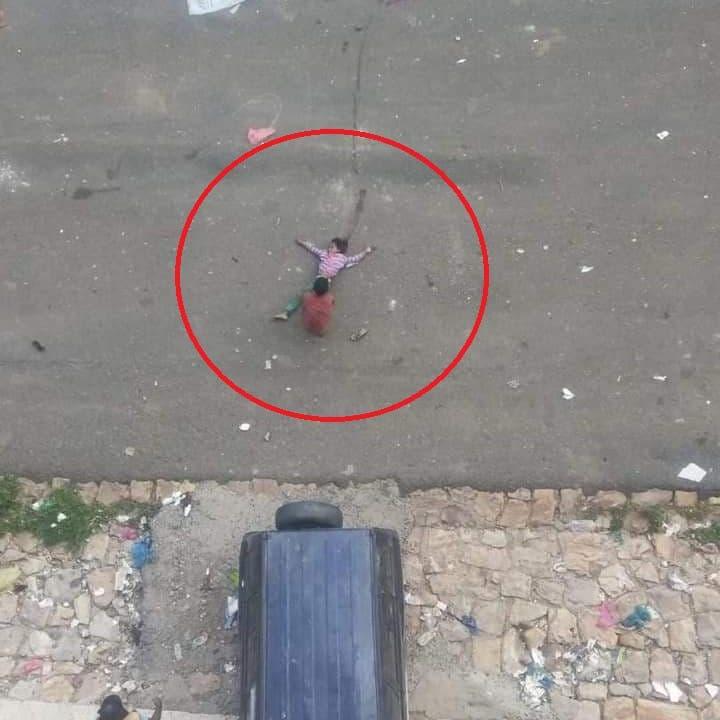 """""""طفلة الماء"""" شاهدة على جرائم الحوثي.. تفاصيل يرويها الأخ والعم"""