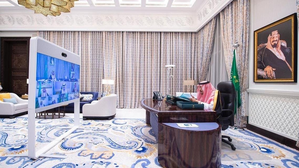 الملك سلمان يرأس جلسة مجلس الوزراء