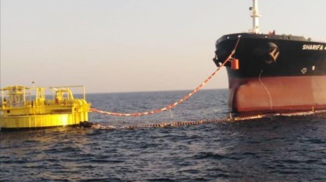 ميناء الحمراء البترولي