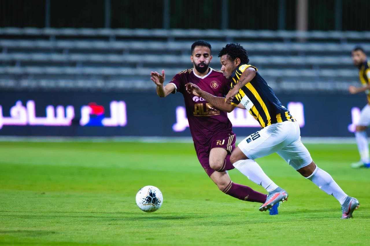 مباراة سابقة بين الاتحاد والفيصلي