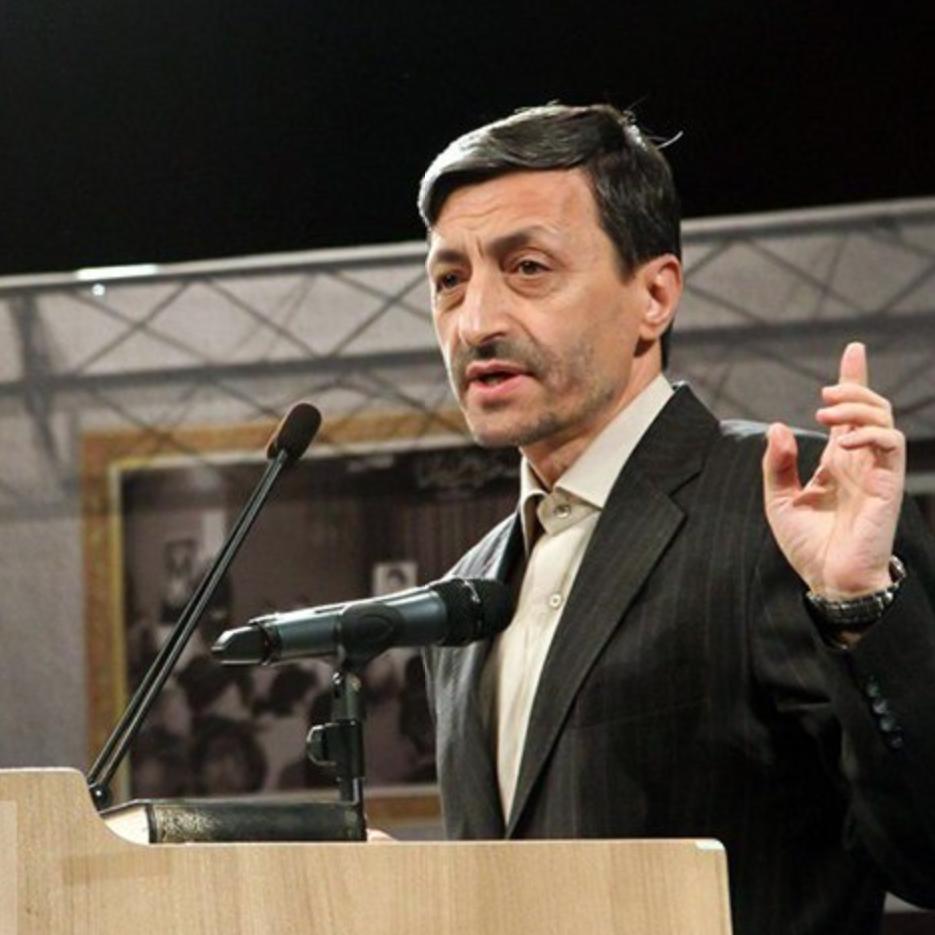 تصريحات هزت المسؤولين.. رئيس مؤسسة تابعة لخامنئي يعتذر