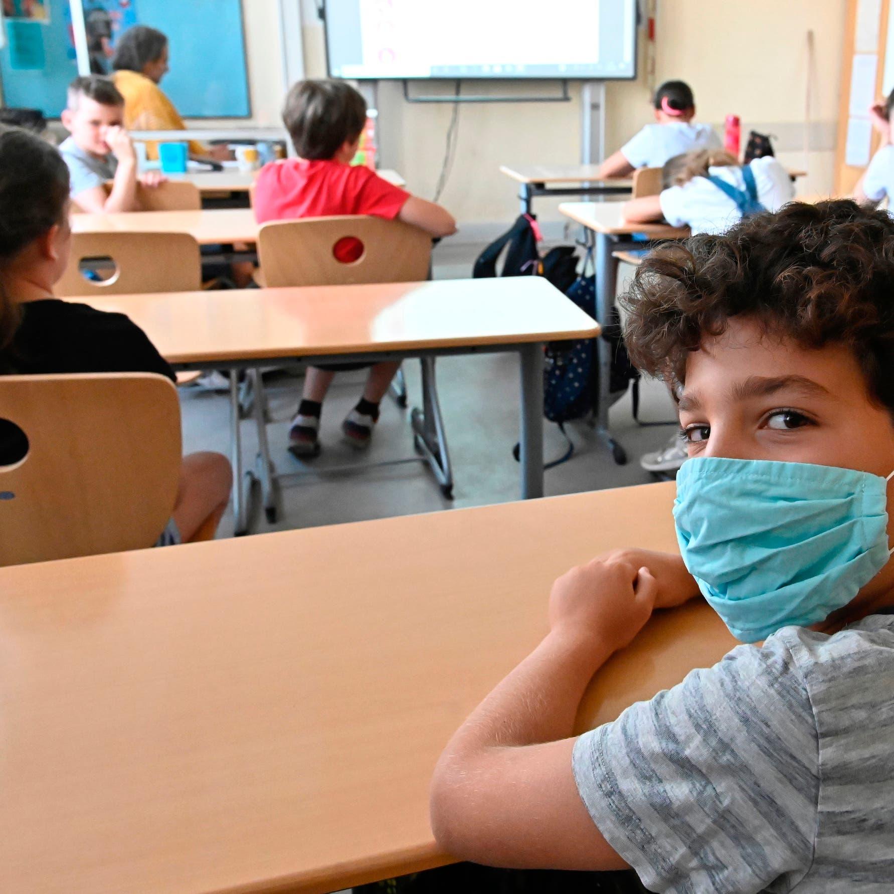 الصحة العالمية: أوروبا يمكنها مكافحة كورونا بلا إغلاق