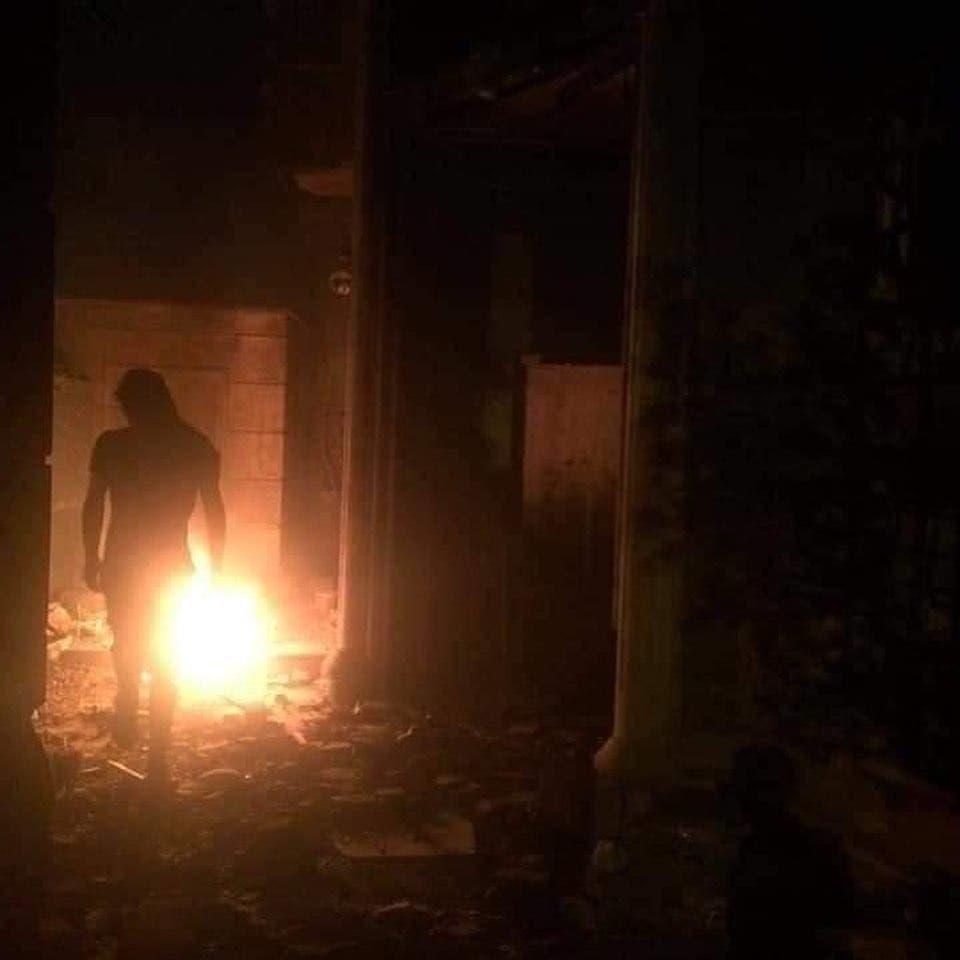 صور متداولة لحرق مقرات الأحزاب الموالية لإيران في الناصرية