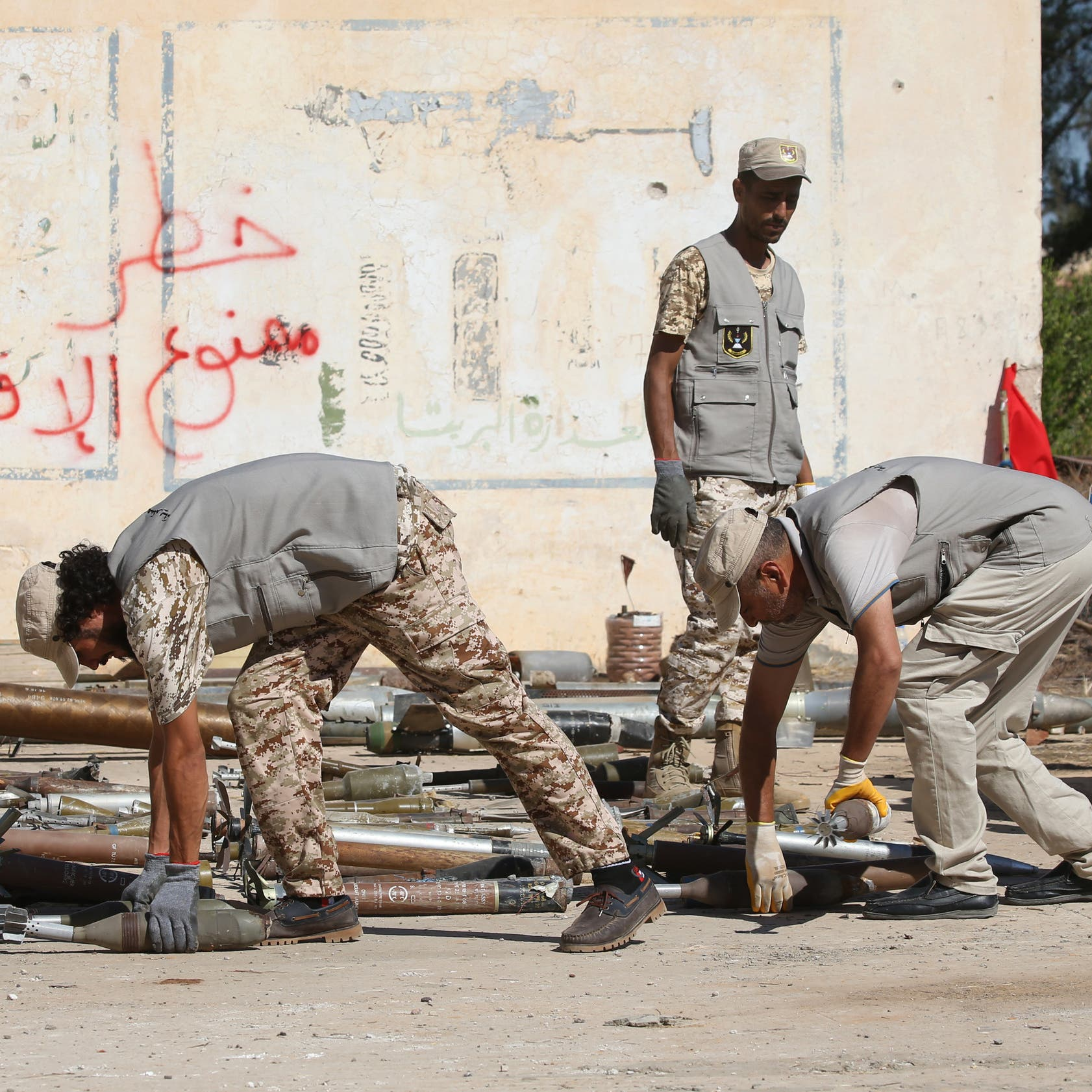 اتفاق مصري بريطاني على تثبيت وقف النار في ليبيا