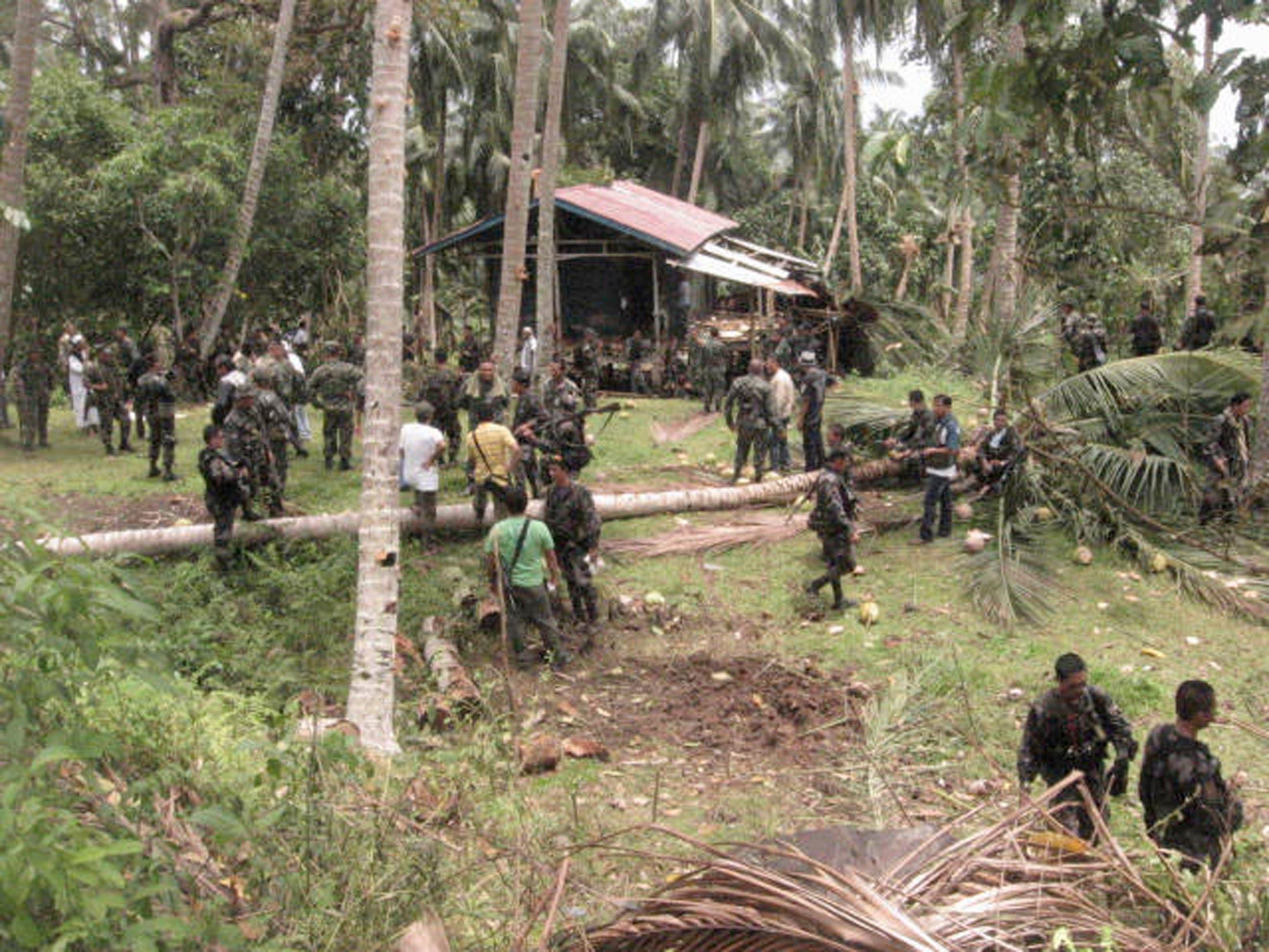 مخيم لأبو سياف في جولو داهمه الجيش الفلبيني في 2009 (أرشيفية)