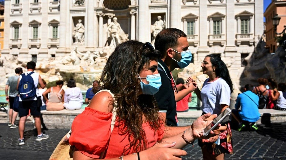 Coronavirus: After record testing, every region in Italy reports new cases thumbnail